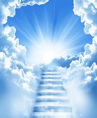 σκάλες σε ουρανό — Φωτογραφία Αρχείου