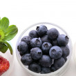Bluberries and strawberries — Stock Photo #8954158