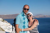 Turistas de casal jovem feliz na grécia — Fotografia Stock