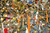 Love locks in Paris — ストック写真