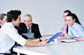 Affärsgrupp på mötet — Stockfoto