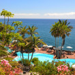 Area of a luxury hotel against Atlantic ocean. Tenerife island, — Stock Photo