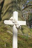 Cross grave headstone — Stock Photo
