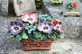 Ceramic sympathy flowers in France — Foto de Stock