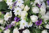 Mixed white floral arrangement — Stock Photo