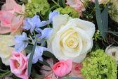 Floral arrangement in pastel colors — Stock Photo