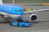 März, 24. Amsterdam Schiphol Flughafen Flugzeug zurückgedrängt von ga — Stockfoto