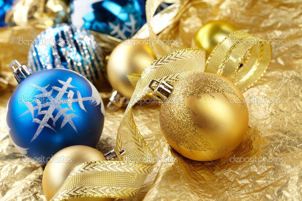 Christmas balls — Stock Photo #9275629