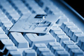 Creditcard ready for payment on the keyboard — Stock Photo