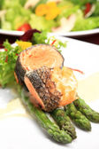 Rosemary roasted salmon served with asparagus — Stock Photo