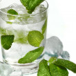 Foto Stock: Mint ice vodka