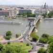 Traffic circle and chain bridge in Budapest, Hungary — Stock Photo #8977383