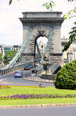 Traffic circle and chain bridge in Budapest, Hungary — Stock Photo