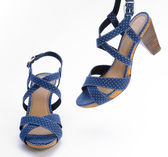 Blue high heeled sandal — Stock Photo