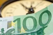 Zeit ist Geld mit euro — Stockfoto