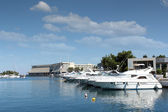 Port with yachts and boats — Stockfoto