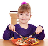 Little girl eating a healthy lunch — Stock Photo