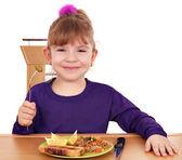 食べて幸せな女の子 — ストック写真