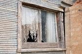 老农舍窗口 — 图库照片