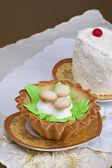 Torte con funghi decorativi — Foto Stock