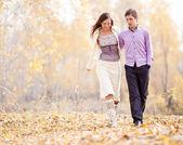 Couple outdoor — Stock Photo