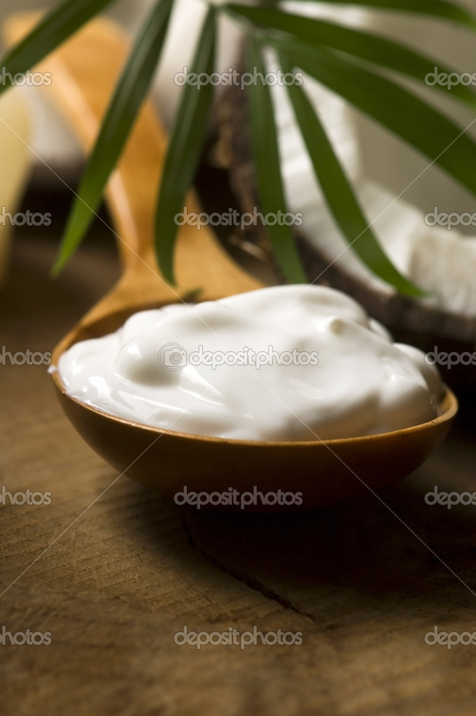 Coconut and coconut oil — Stock Photo #10361484