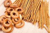 Brot-ring und grissini — Stockfoto