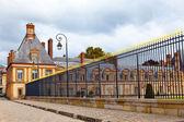 Frankrike. park och en slottet i fontainebleau — Stockfoto