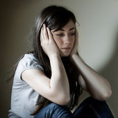 Depressed teenage girl — Stock Photo