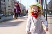 Chica y sombrero — Foto de Stock