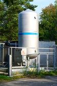 Oxygen tank кислородный газгольдер — Stock Photo