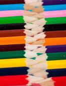 色の鉛筆、行にパック — ストック写真