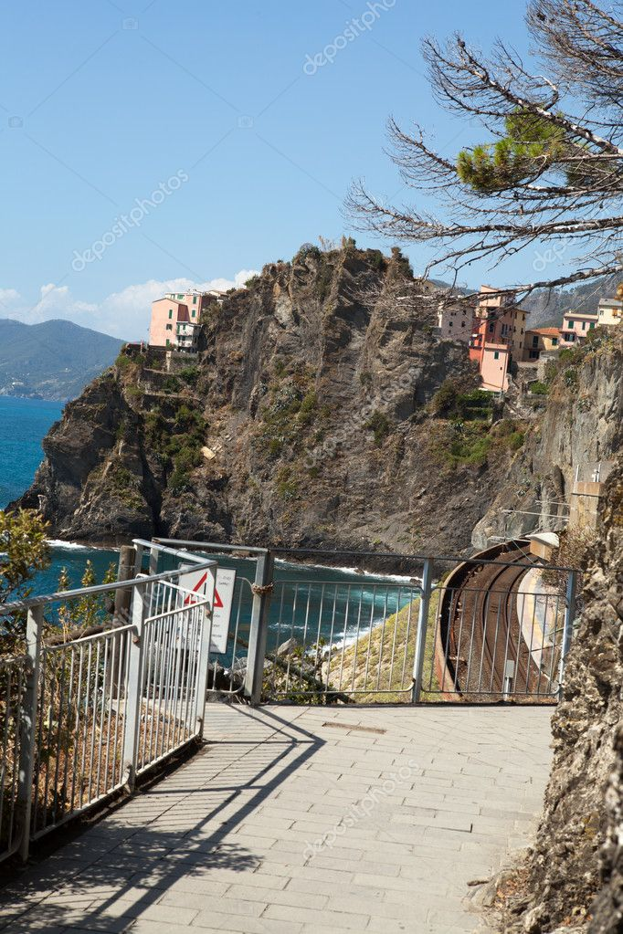 Coast of Cinque Terre. Liguria  Stock Photo #10720954