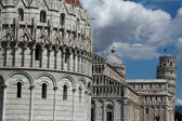 Pisa - Baptistry, Leaning Tower and Duomo in the Piazza dei Miracoli — Stock Photo