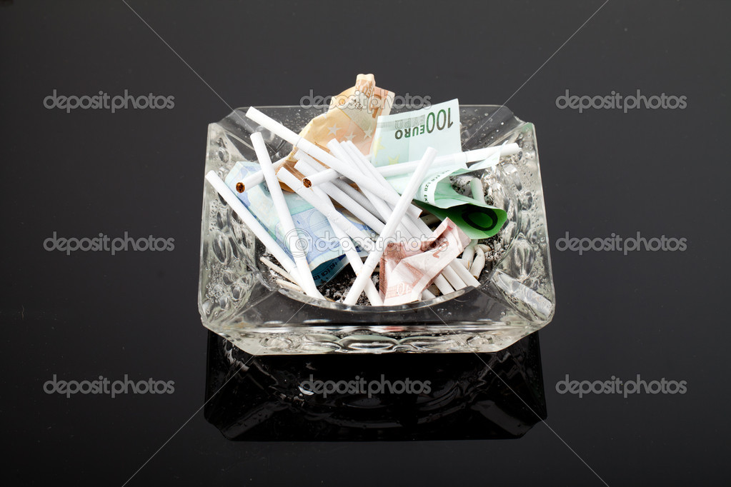 Harmful and costly addiction — Stock Photo #9777251