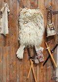 小羊皮和手作民族条出售 — 图库照片