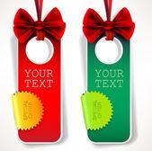 リボンとカードのノート。赤と緑の招待状 — ストックベクタ