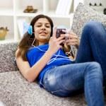tonåring hemma — Stockfoto