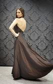 奇妙的穿裙子的女孩 — 图库照片