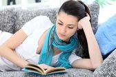 Pretty woman reading book — Stock Photo