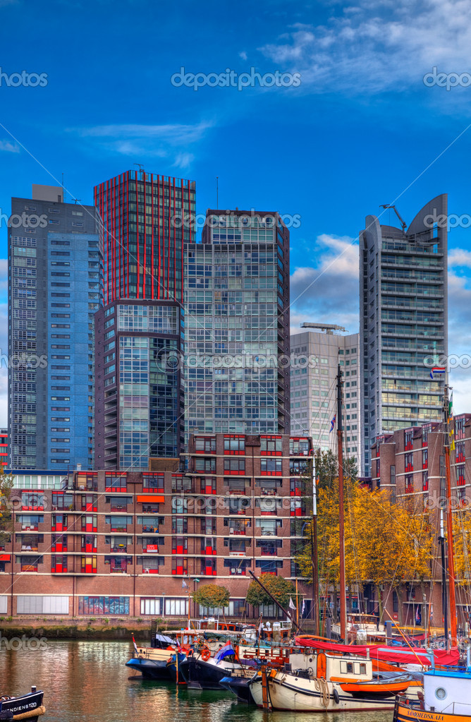 Rotterdam, Netherlands- November 1st, 2011: Skyscrapers near the port in Rotterdam. — Stock Photo #9064543