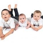 Children posing for family photo — Stock Photo