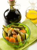 Steamed vegetables salad with balsamic vinegar — Stock Photo