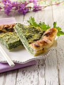Cake with ricotta and spinach — Stock Photo