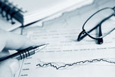Analiza wykresów rynku — Zdjęcie stockowe