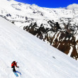 A skier descending Mount Elbrus - the highest peak in Europe. — Stock Photo
