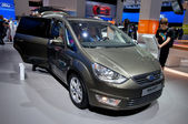 Ford Galaxy Titanium 2.0 TDCI — Stock Photo