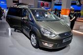 Ford Galaxy Titanium 2.0 TDCI — Stock Photo