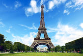 Paris, The Eiffel Tower — Stock Photo