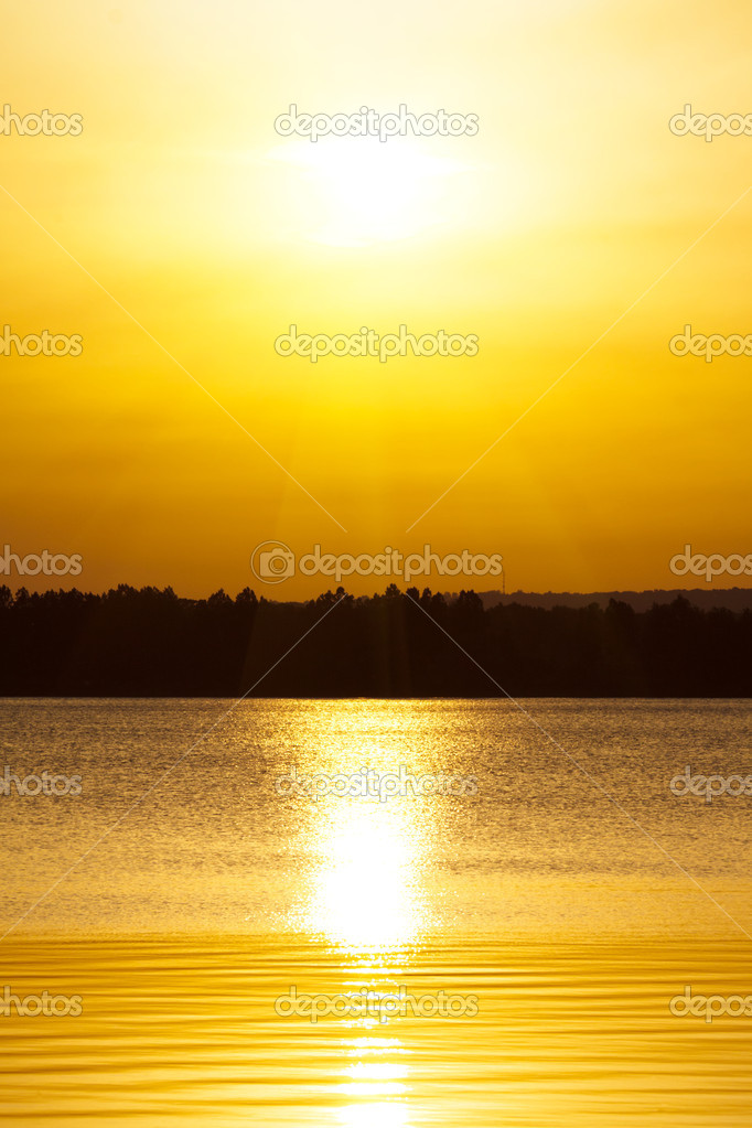 Horizon sunset over lake  Stock Photo #8897404